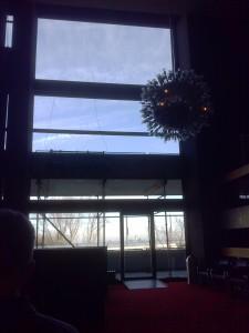 Fensterblick im Opernfoyer © AS