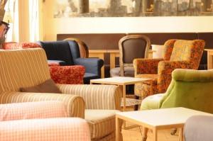 Mayras Wohnzimmer Sessel im ersten Stock Foto: Stephanie Pletsch