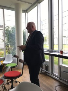 Ulrich Kelber diskutierte im BonnHub zum Netzwerkdurchsetzungsgesetz (Foto: Sascha Foerster)